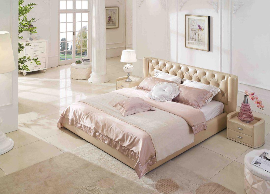 Кровать из кожи фото